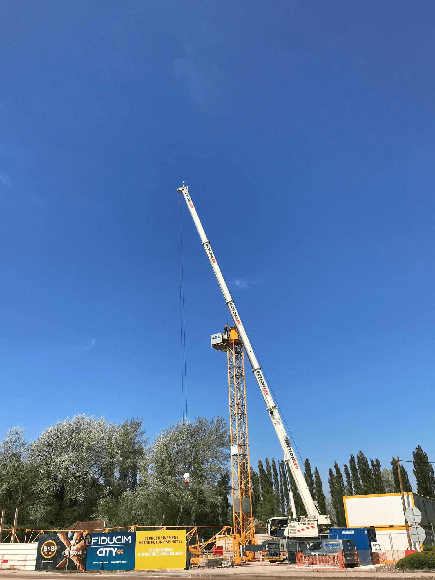 installation-grue-chantierb&b hotel-fiducim